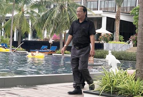 Nha Phuong Truong Giang chuan bi le dinh hon tren bai bien