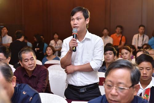 Thầy Thưởng - hiệu trưởng THCS Hoàng Su Phì, Hà Giang.