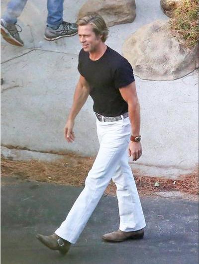 Brad Pitt tre trung tren phim truong