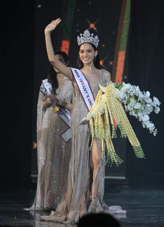 Nhan sac tan Hoa hau chuyen gioi Thai Lan
