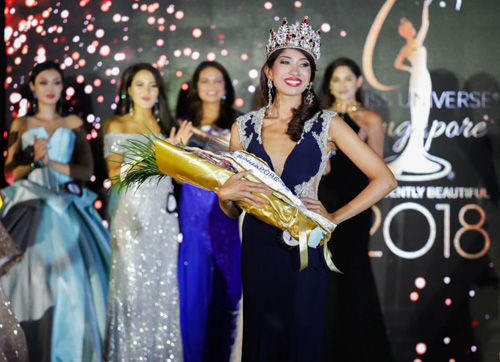 Nhan sác co gái Pakistan dang quang Hoa hạu Hoàn vũ Singapore