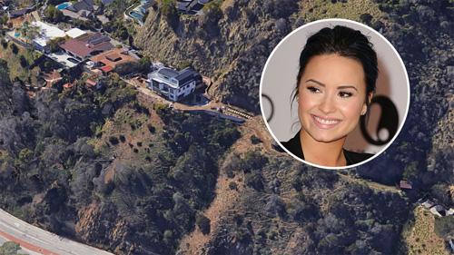 Demi Lovato bán ngoi nhà noi co bị sóc thuóc phiẹn