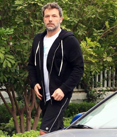Ben Affleck xuát hiẹn sau lan di cai nghiẹn thu ba