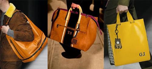 Với nam giới, chiếc túi tote Intrecciato Checker Tote một lần nữa quay trở lại với các màu sắc táo bạo và ấm áp hơn như vàng chanh, vàng mù tạt, cam. Đây là mẫu túi nam làm bằng da nappa cứng tạo nên phom dáng thanh lịch và cổ điển cho người sử dụng. Mẫu túi Duffle Double Suede Day bằng chất liệu da lộn mang tông màu ấm nóng, được thiết kế với những chức năng đã tính toán kỹ và tự nhiên để trở thành chiếc túi thuận tiện cho những chuyến du lịch.Chiếc MI-NY là túi duffle dạng đeo vai bằng da nappa mềm, là tuyên ngôn về phong cách trẻ trung, năng động.phù hợp với những anh chàng ưa di chuyển và yêu thích sự thuận tiện.