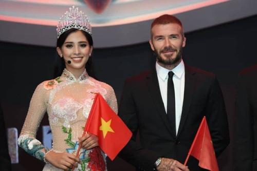 Hoa hau Tieu Vy gap David Beckham o Phap