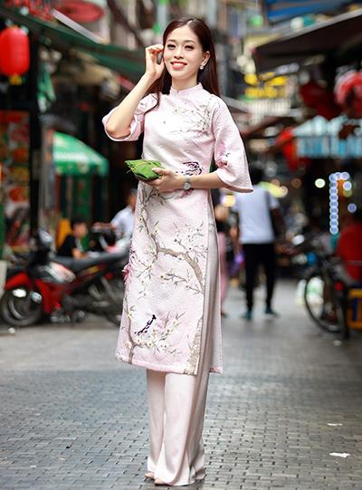 A hau Phuong Nga nhay mua trong video du Miss Grand International