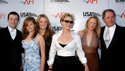 Don Gummer - nguoi chong 40 nam tham lang cua Meryl Streep