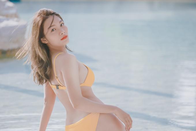 Vóc dáng tuổi đôi mươi của diễn viên Thanh Tú
