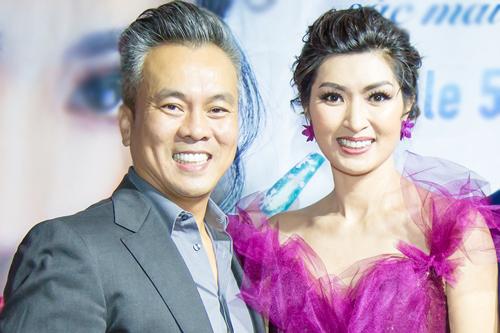Nguyen Hong Nhung Chong giup toi vuot cu soc con trai tu ky