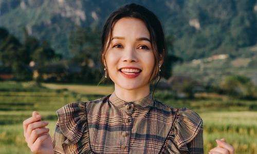 Ca sĩ ''Tình yêu màu nắng'' trở lại với MV mới - Giải Trí