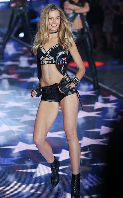 Người mẫu Bridget Malcolm.