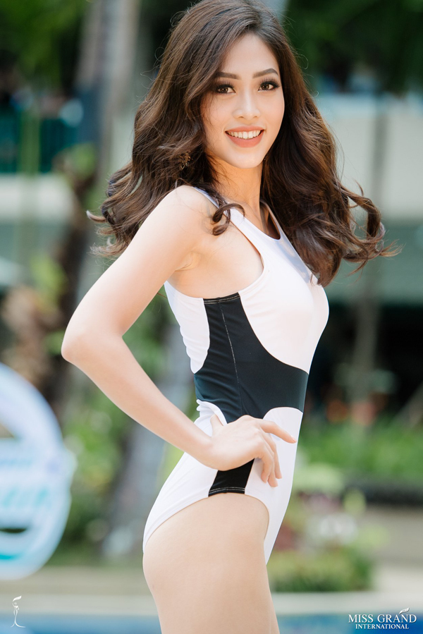 Phuong Nga trinh dien ao tam cung dan my nhan Miss Grand International