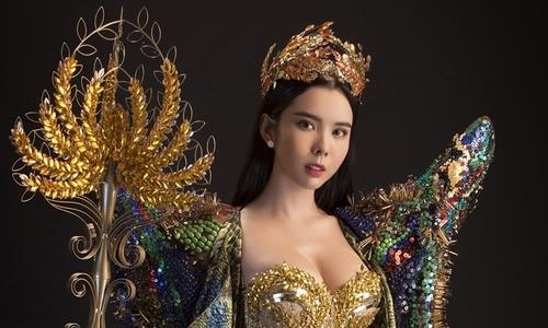 Cô gái Đồng Tháp mặc trang phục 20 kg thi hoa hậu ở Philippines