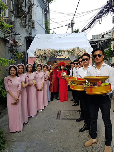 Hoc tro Minh Hang tai The Face 2018 ruoc dau bang moto