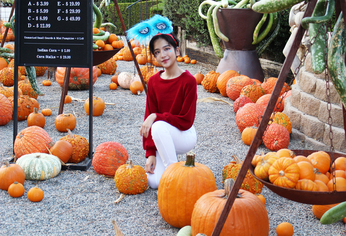 Linh Nga va hai con gai don Halloween o My