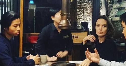 Angelina Jolie dua Pax Thien di an do nuong o Han Quoc