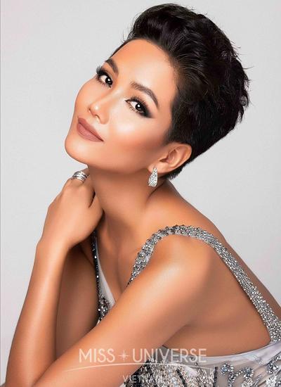 Hình ảnh thí sinh Việt Nam trên fanpage Miss Universe.