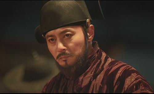 Dạ quỷ là phim điện ảnh thứ hai của Jang Dong Gun ra mắt năm nay, sau phim ly kỳ Seven Years of Night.