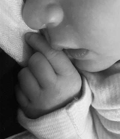 Bom sex Kate Upton sinh con gái