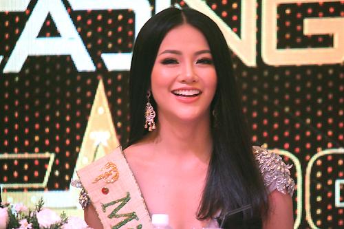 miss-earth-phuong-khanh-toi-buon-khi-bi-che-bai