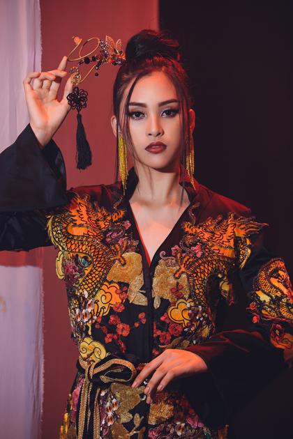 Hình ảnh Tiểu Vy trong MV.