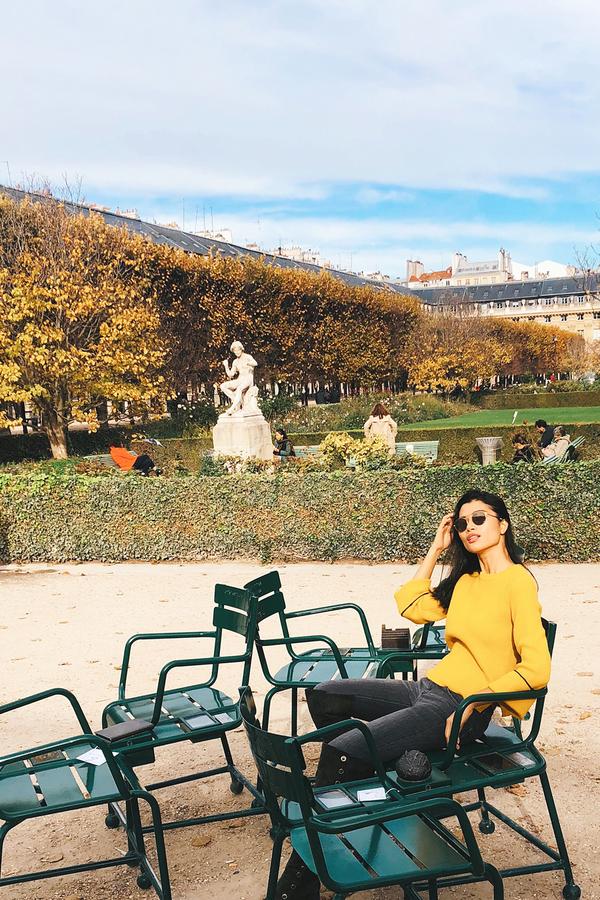 Trang La dao pho thu Paris