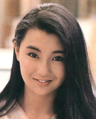 Ở nhà đài, cô lưu dấu ấn qua Cảnh sát mới ra trường (Police Cadet), Võ lâm thế gia...ời gian ở TVB của cô chỉ vẻn vẹn ba năm, tuy nhiên, sự thông minh và tinh tế trong diễn xuất đủ để Mạn Ngọc lưu dấu ấn, được chọn là một trong Ngũ lệ nhân, đại diện cho TVB trong thập niên hoàng kim của Đài.