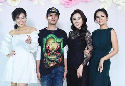 doan-Quoc-Dam-Thanh-Huong-Thu-2150-8629-1542456483.jpg