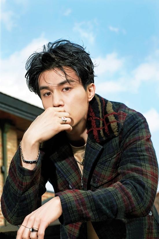 Lee Dong Wook can bang cuoc song de khong mac benh ngoi sao