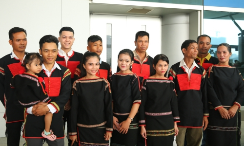 HHen Nie dem my pho goi sang Thai Lan thi Miss Universe