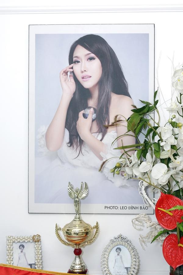 Vo chong Hien Mai tham nha 200 m2 cua Phi Thanh Van