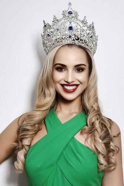 Hoa hậu New Zealand, Jessica Tyson, cũng vào thẳng Top 30 nhờ Dự án nhân ái.