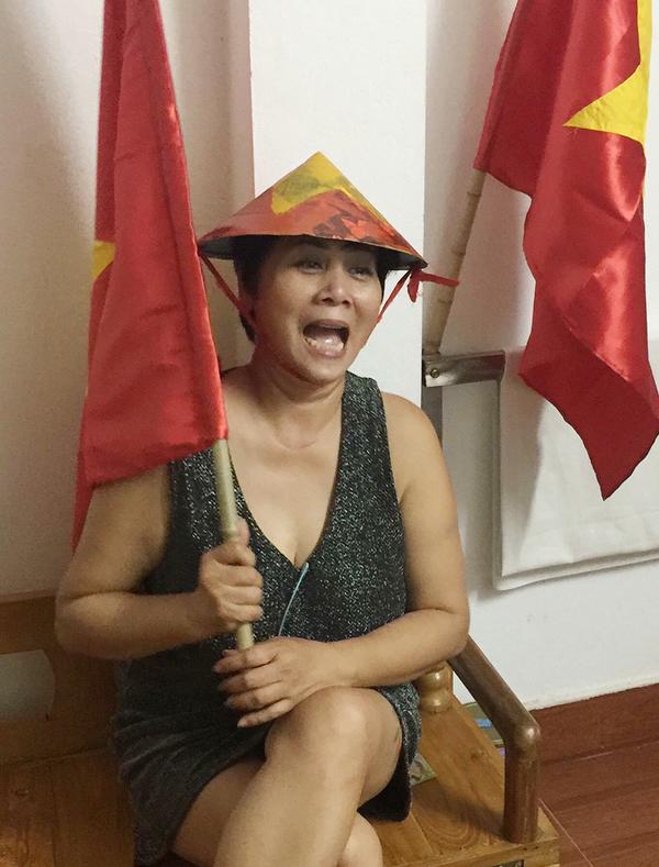 Các kiểu ăn mừng của sao Việt khi đội nhà vào chung kết AFF Cup