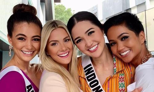 Truyền thông quốc tế đưa tin Hoa hậu Mỹ chê HHen Niê tiếng Anh kém - VnExpress Giải trí