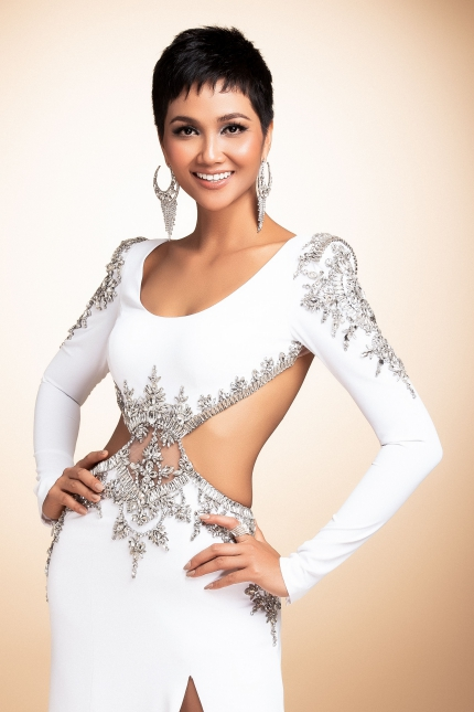 HHen Nie Toi mong cho Viet Nam duoc goi ten o Miss Universe