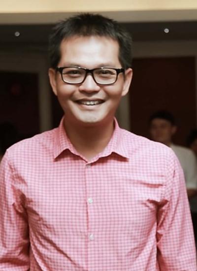 NSND Trung Hieu cuoi sau Tet Nguyen dan