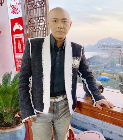 Ve dien trai thoi tre cua Ngo Khong Truong Ve Kien