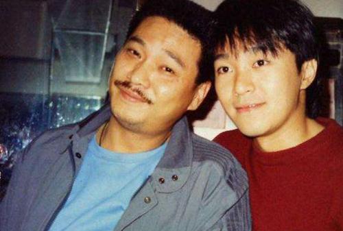 Ngô Mạnh Đạt (trái) và Châu Tinh Trì.
