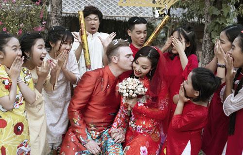 Kyo York và dàn ca sĩ nhí kết hợp trong MV Xuân quê tôi - Tết là Tết.