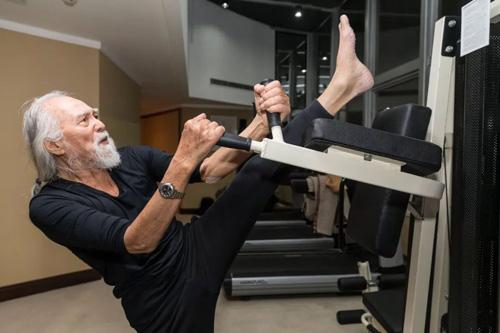 Vương Đức Thuận ở phòng gym.