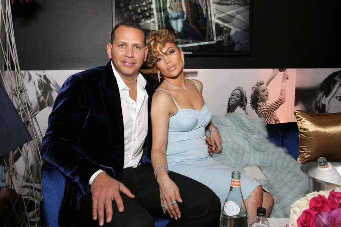 Jennifer-Lopez-12-1552554107_680x0.jpg