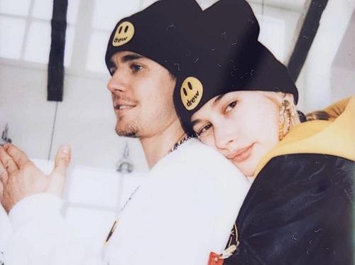 Hailey Baldwin và bạn trai Justin Bieber. Ảnh: Instagram.