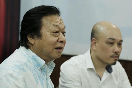 NSND Trần Ngọc Giàu (trái).