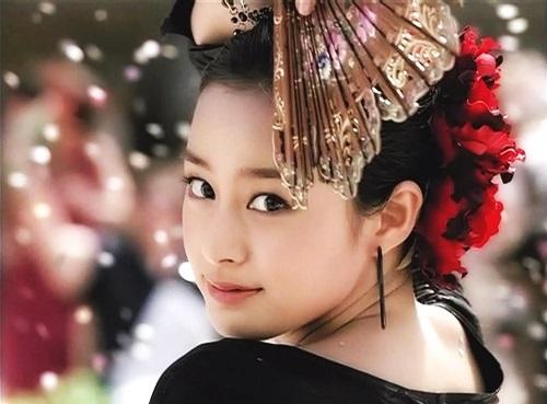 Nhan sắc khuynh đảo một thời của ngọc nữ Kim Tae Hee - 5