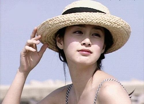 Nhan sắc khuynh đảo một thời của ngọc nữ Kim Tae Hee - 10