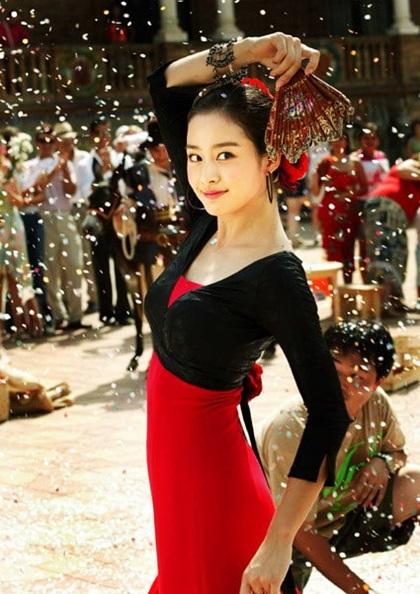 Nhan sắc khuynh đảo một thời của ngọc nữ Kim Tae Hee - 8