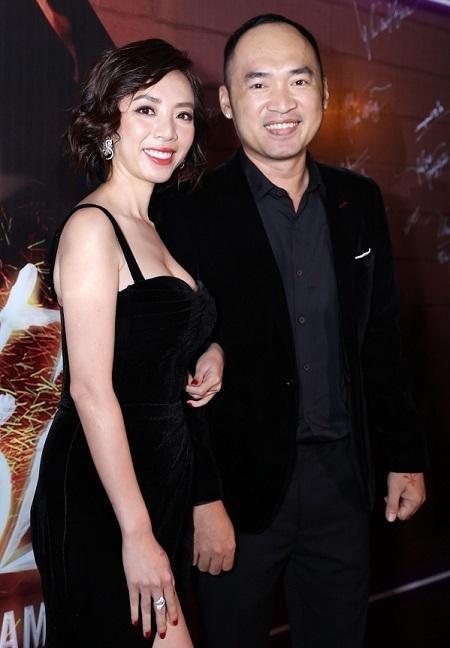 Thu Trang, Tiến Luật ở buổi ra mắt phim.