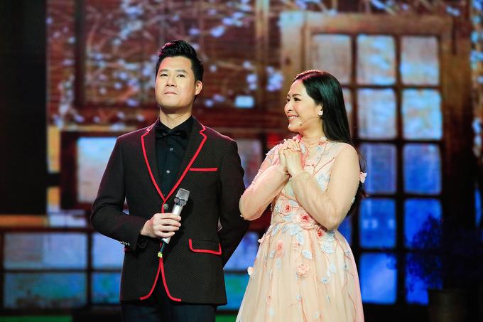 Quỳnh Hương khóc tạm biệt khán giả 'Thay lời muốn nói' sau 19 năm