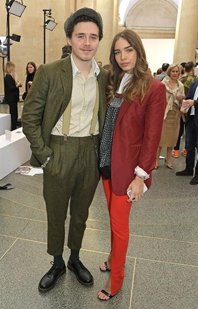 Brooklyn Beckham và Hana Cross hẹn hò từ tháng 10 năm ngoái.