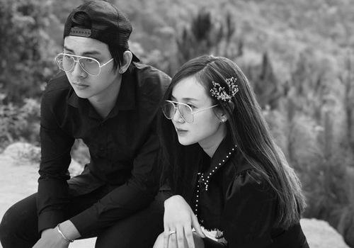 Hình ảnh trong chuyến đi chơi mới nhất của Hoài Lâm và bạn gái.
